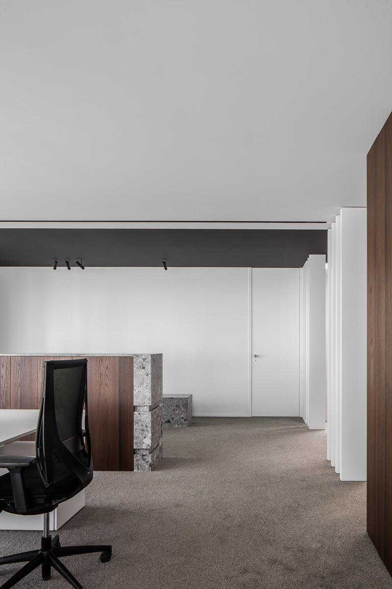 LCM Office-21