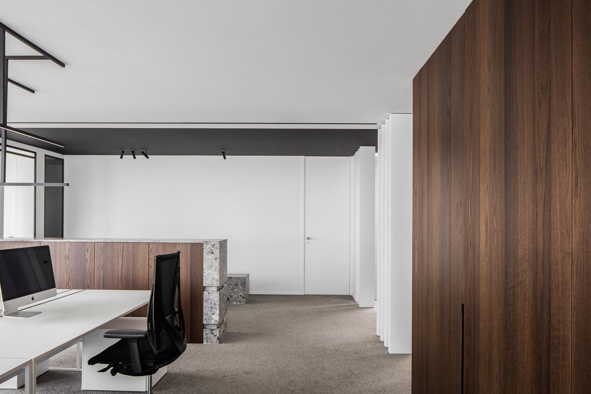 LCM Office-23