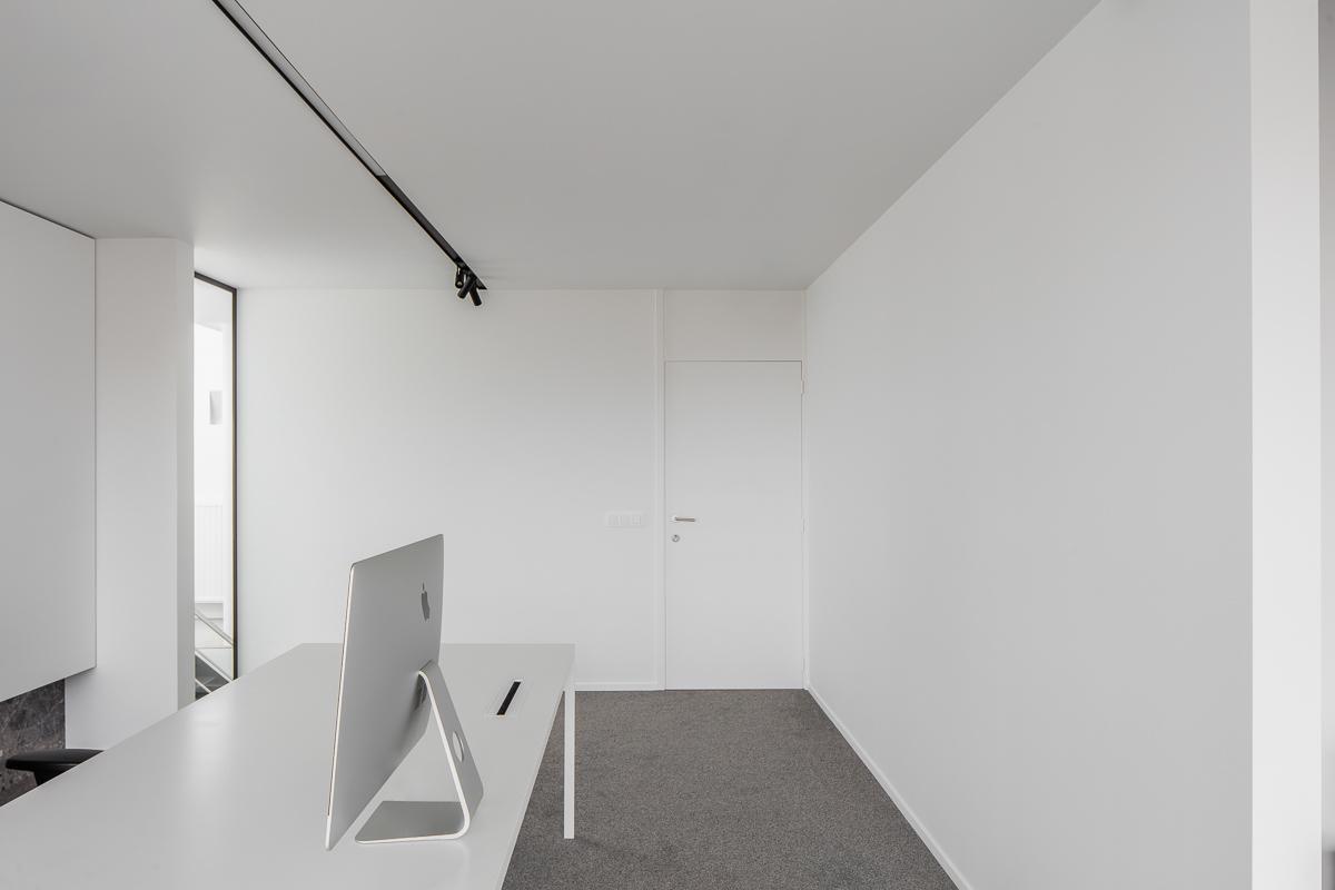 LCM Office-29
