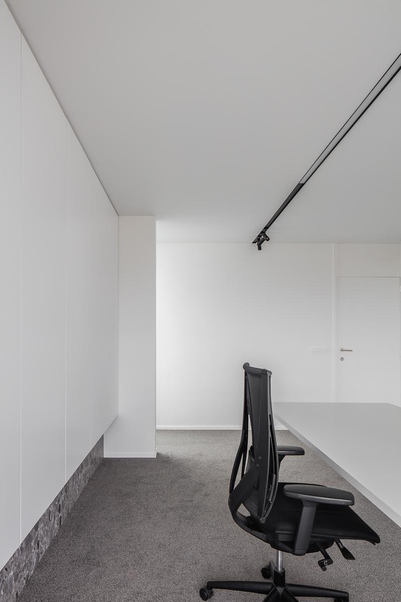 LCM Office-30