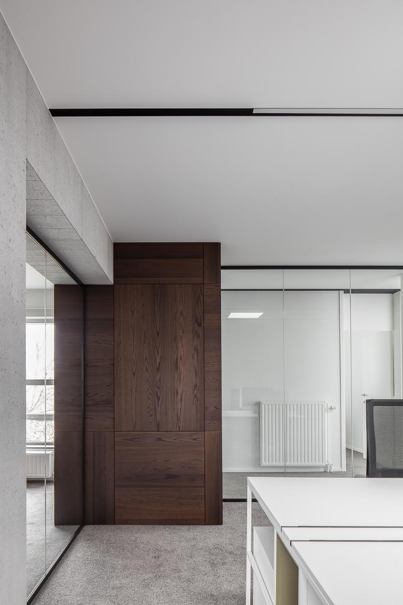 LCM Office-44